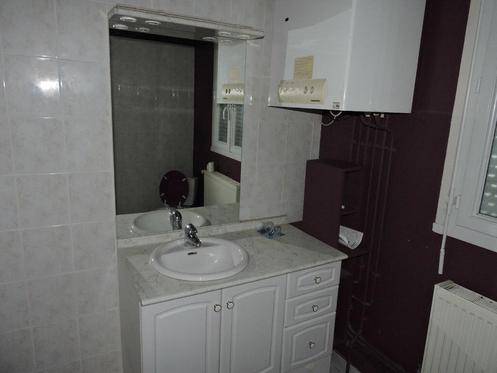 Location Appartement 4 pièces à Sannerville - vignette-4