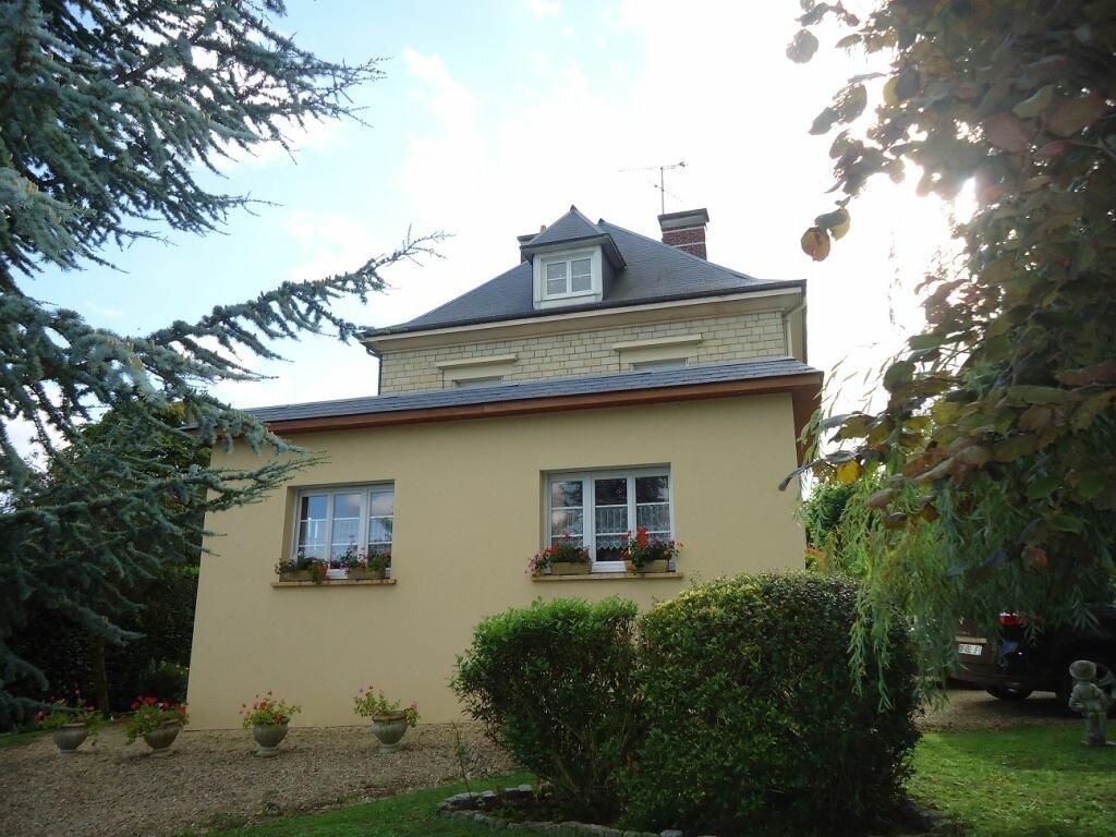 Achat Maison 7 pièces à Saint-Pierre-sur-Dives - vignette-1
