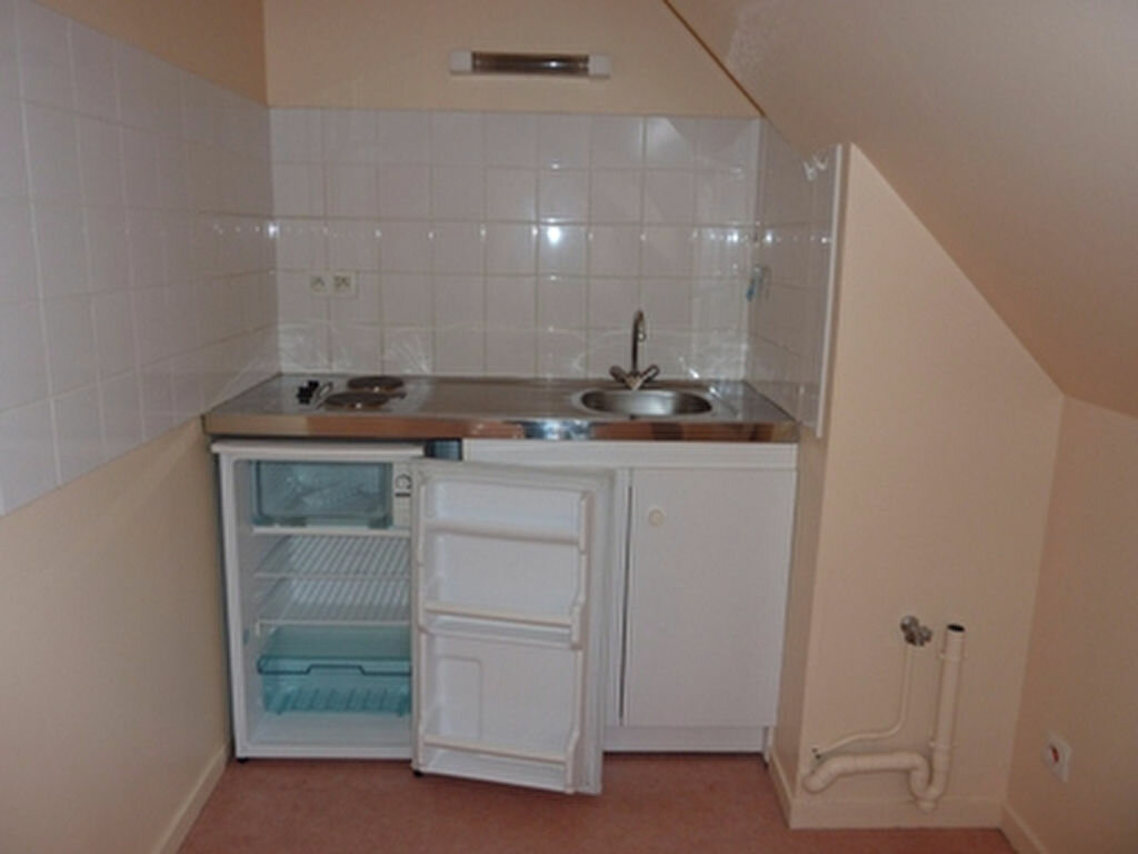 Location Appartement 1 pièce à Joué-lès-Tours - vignette-3