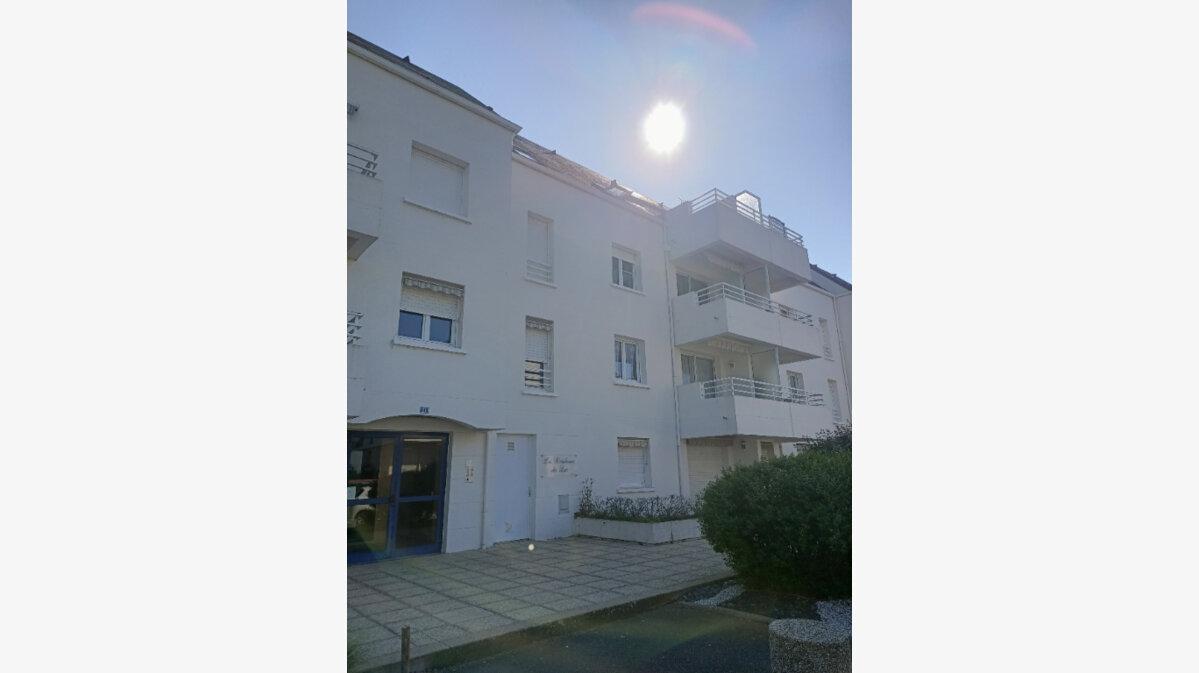 Location Appartement 3 pièces à Saint-Avertin - vignette-1