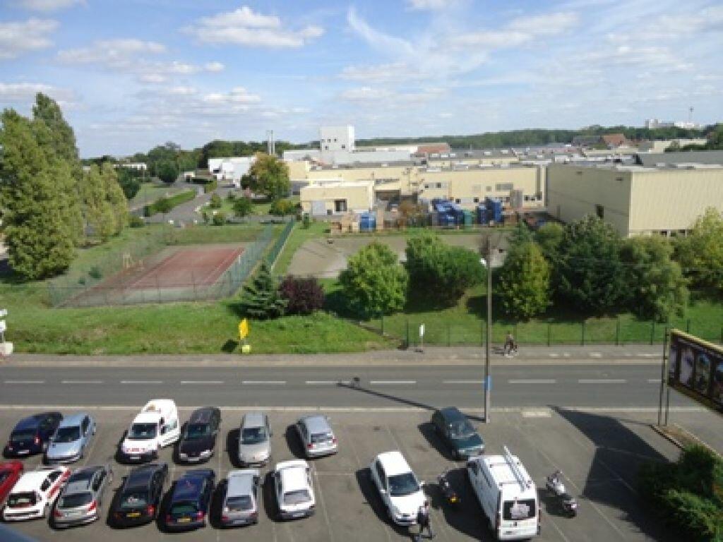 Location Appartement 1 pièce à Joué-lès-Tours - vignette-1