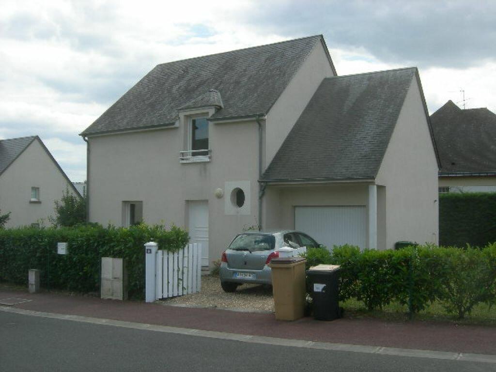 Location Maison 6 pièces à Joué-lès-Tours - vignette-1