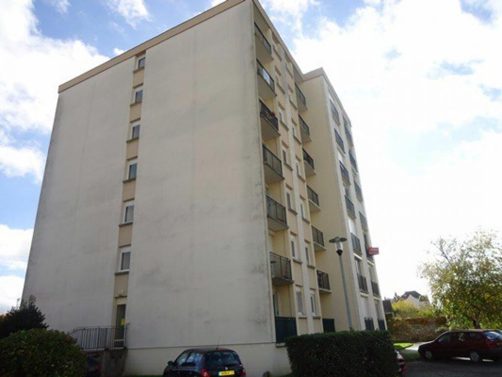 Location Appartement 1 pièce à La Riche - vignette-1