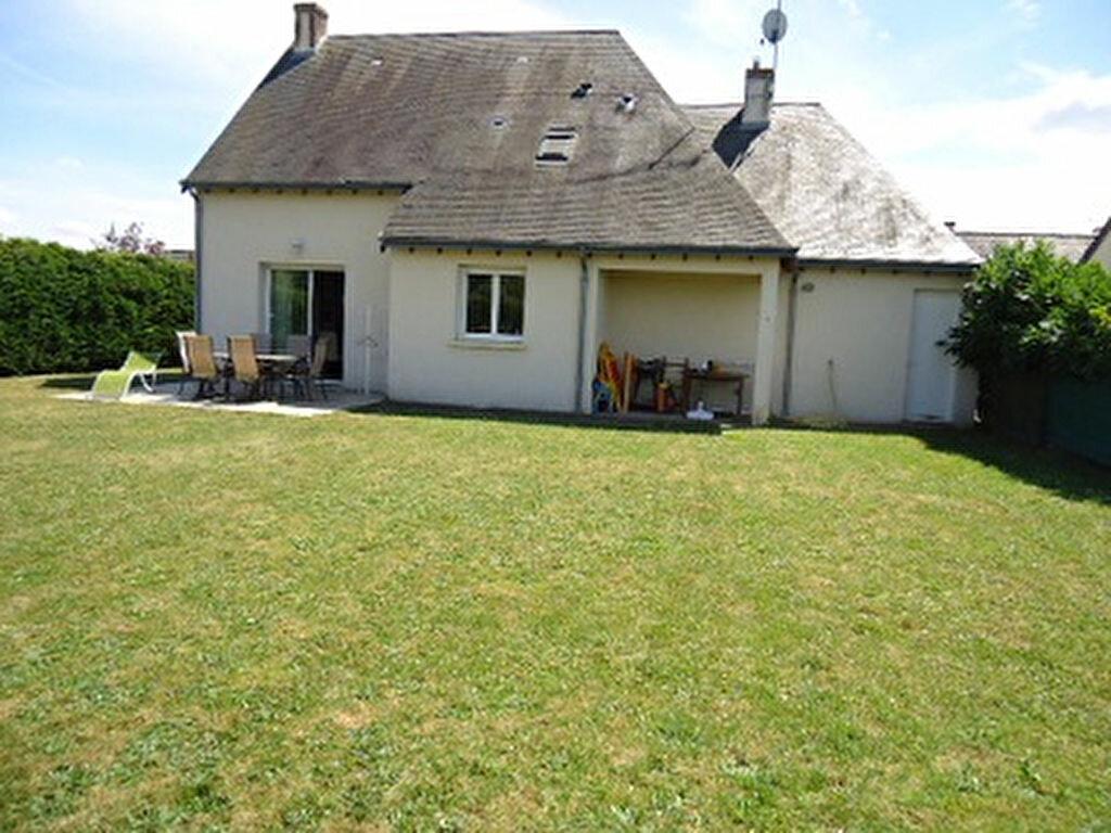 Location Maison 6 pièces à Larçay - vignette-1