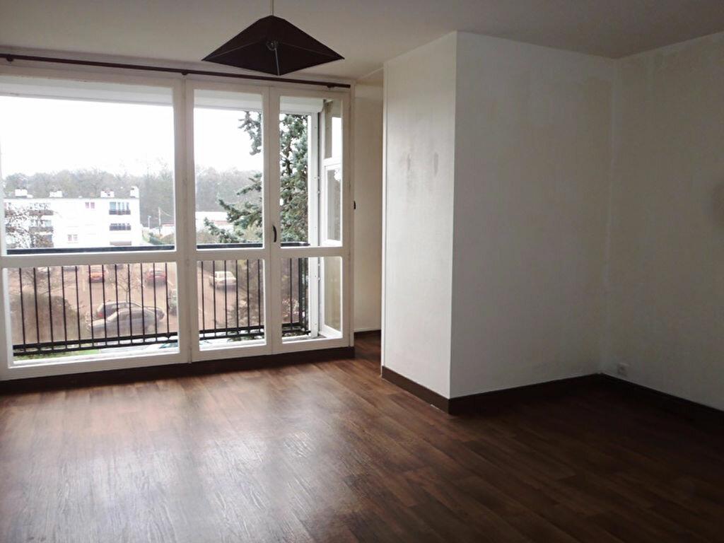 Achat Appartement 1 pièce à Chambray-lès-Tours - vignette-1