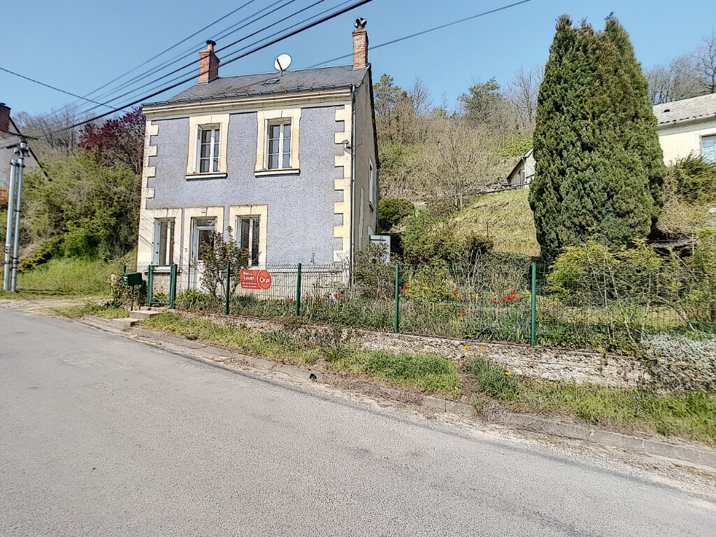Location Maison 3 pièces à Villaines-les-Rochers - vignette-1