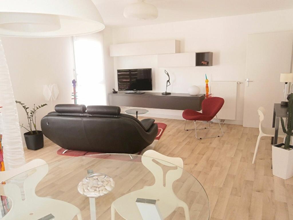 Achat Appartement 3 pièces à Joué-lès-Tours - vignette-1