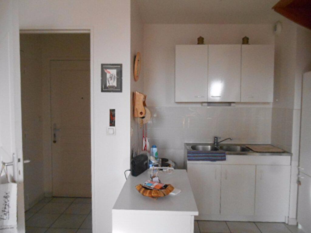 Achat Appartement 4 pièces à Ballan-Miré - vignette-4