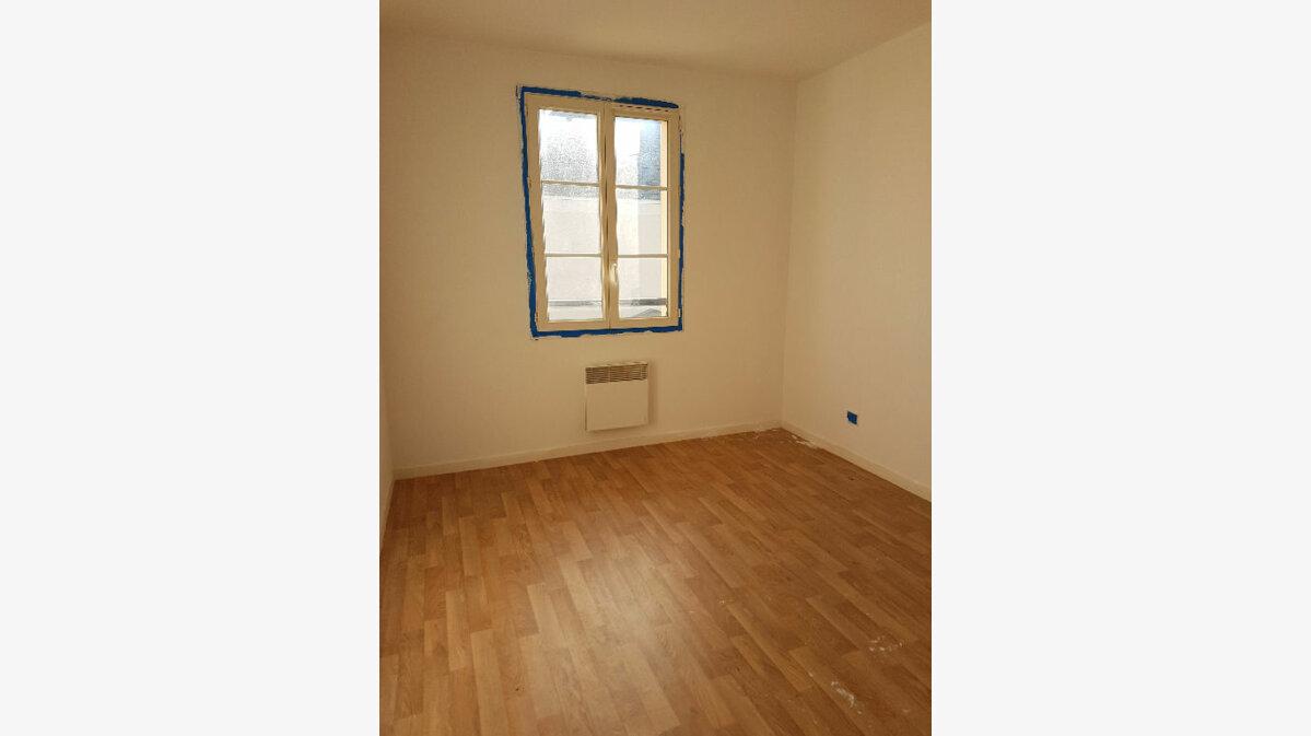 Location Maison 5 pièces à Veigné - vignette-2