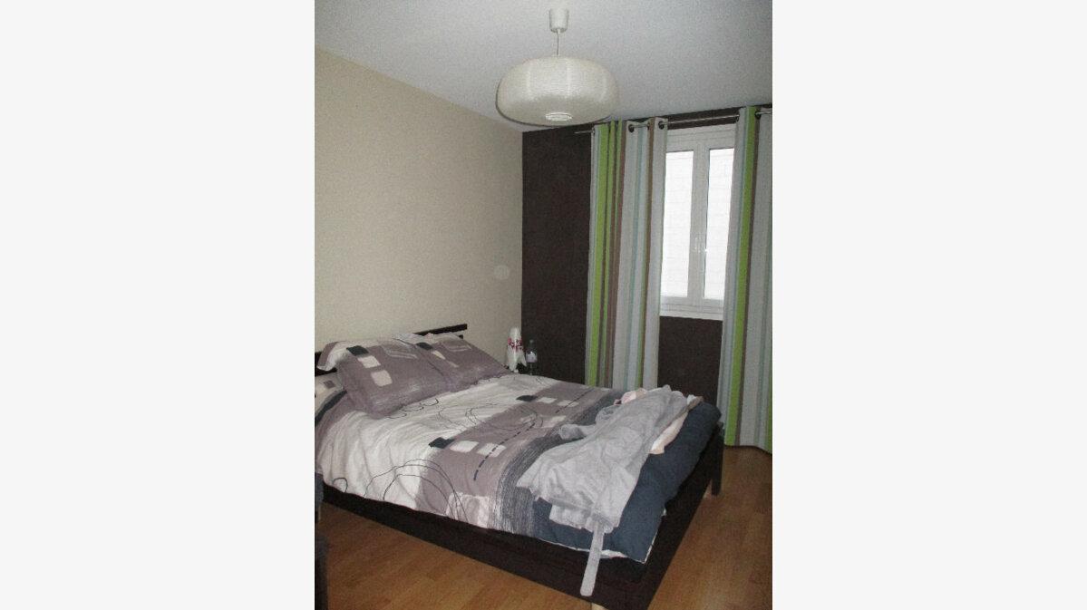 Achat Appartement 4 pièces à Joué-lès-Tours - vignette-5