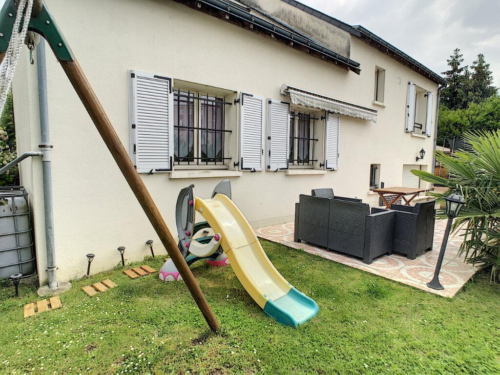 Achat Maison 5 pièces à Joué-lès-Tours - vignette-3