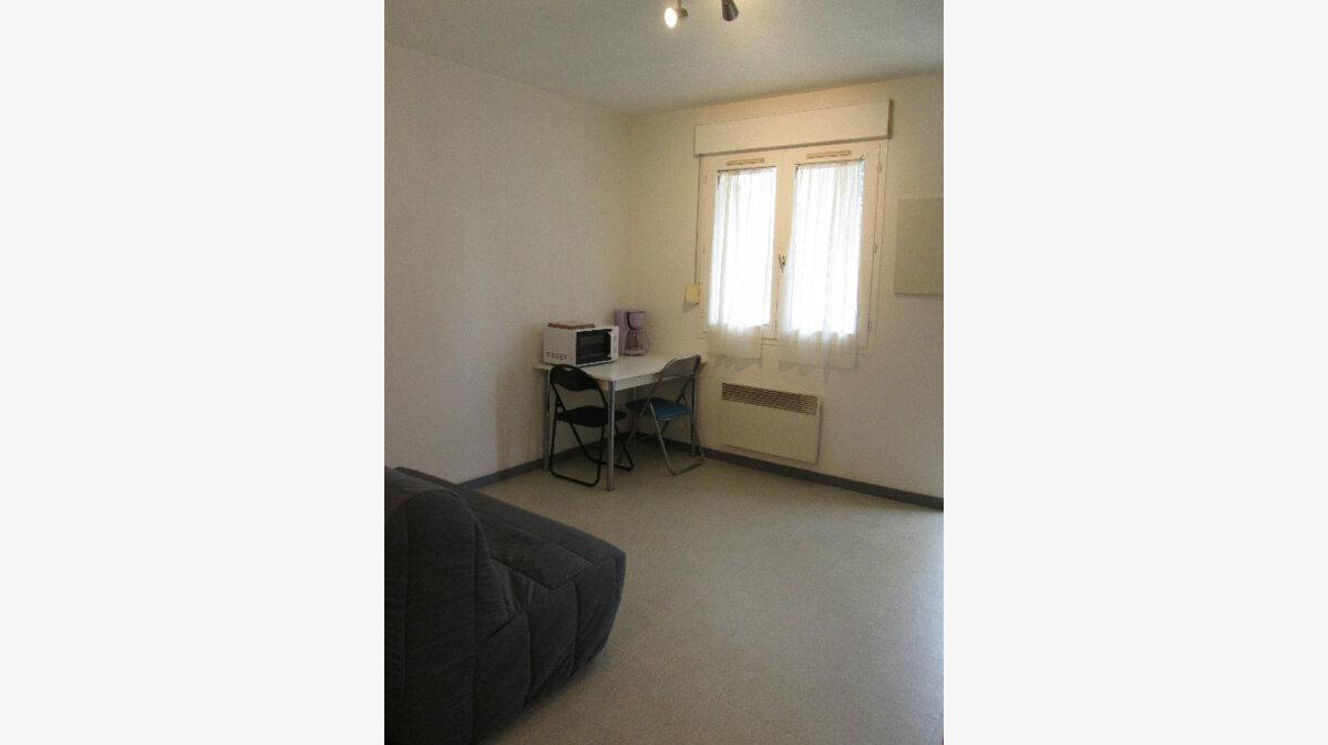 Location Appartement 1 pièce à Chambray-lès-Tours - vignette-1