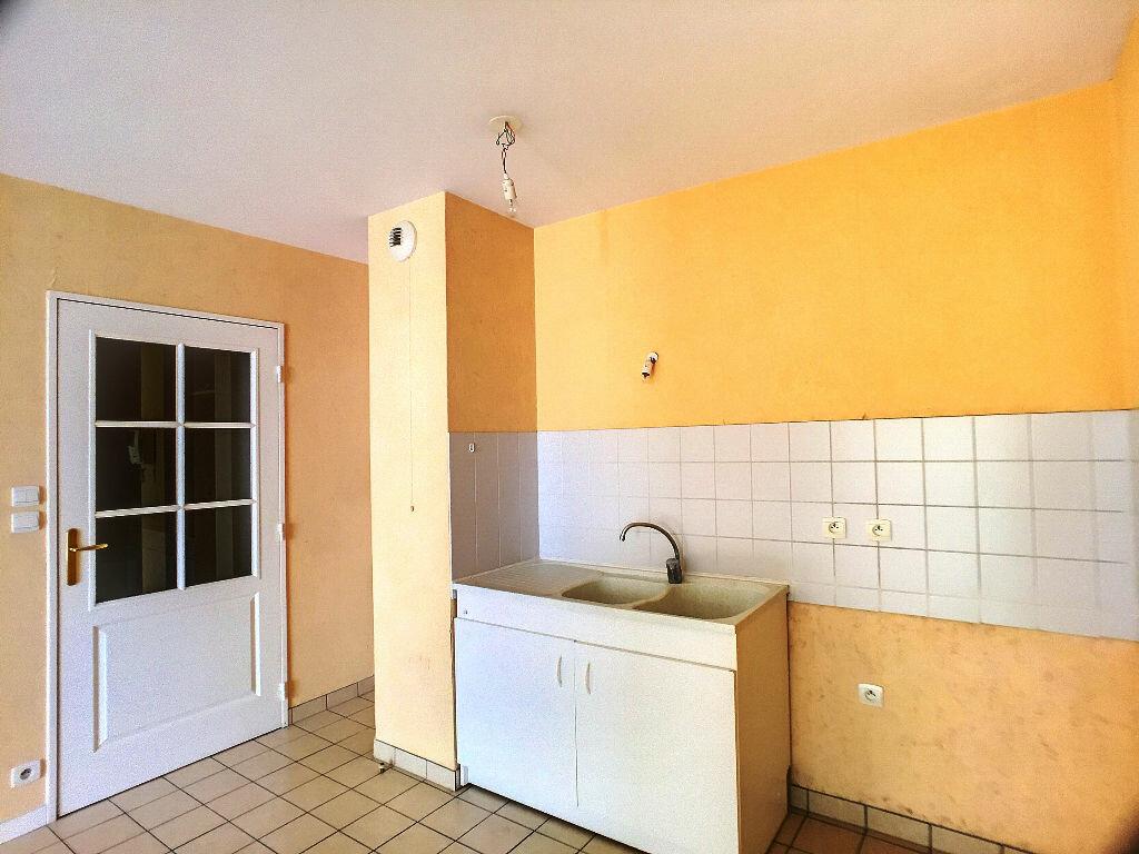 Location Appartement 3 pièces à Joué-lès-Tours - vignette-2