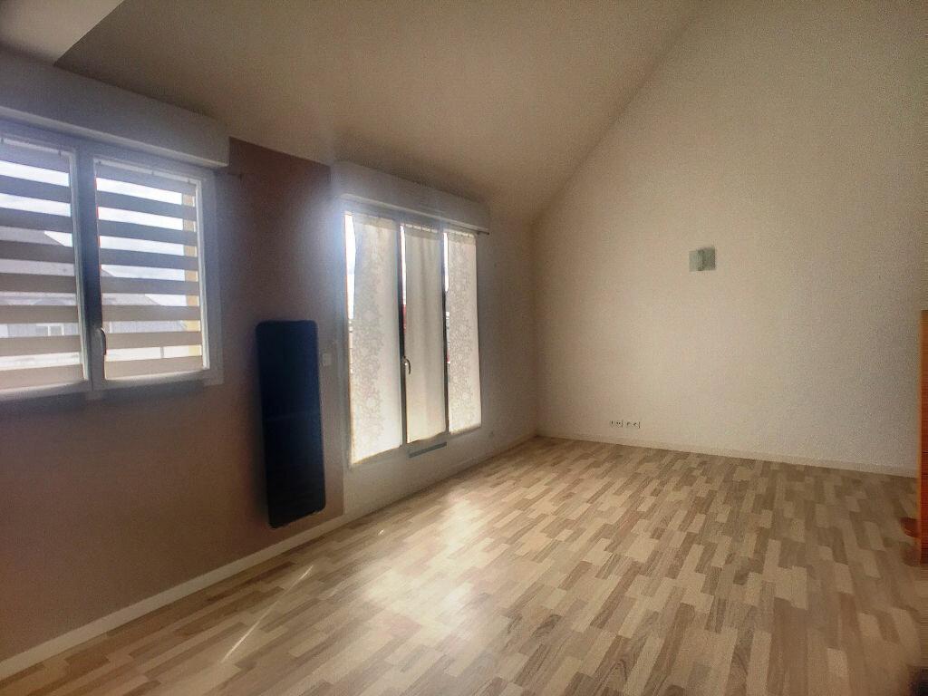 Achat Appartement 4 pièces à Ballan-Miré - vignette-3
