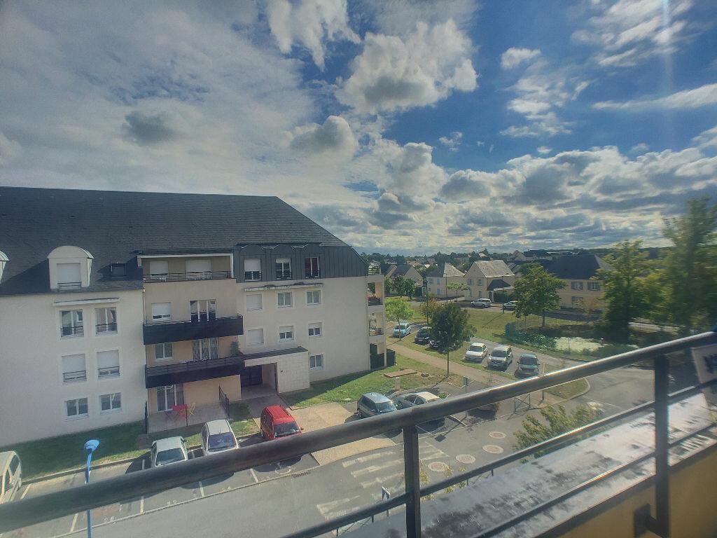 Achat Appartement 4 pièces à Ballan-Miré - vignette-6