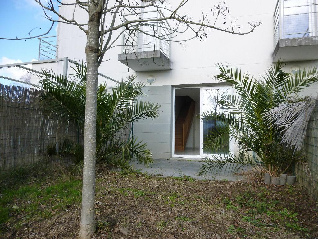 Location Maison 3 pièces à Tours - vignette-2