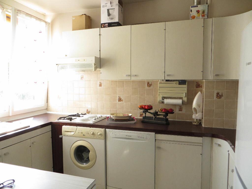 Achat Appartement 4 pièces à Argenteuil - vignette-2