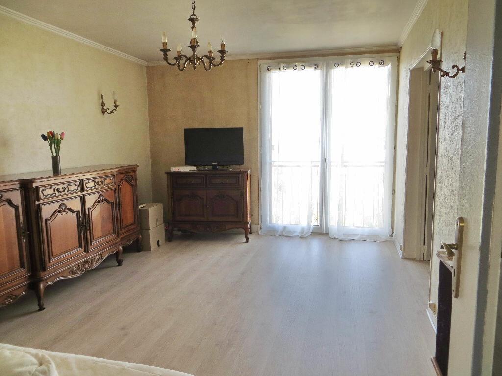 Achat Appartement 4 pièces à Argenteuil - vignette-4