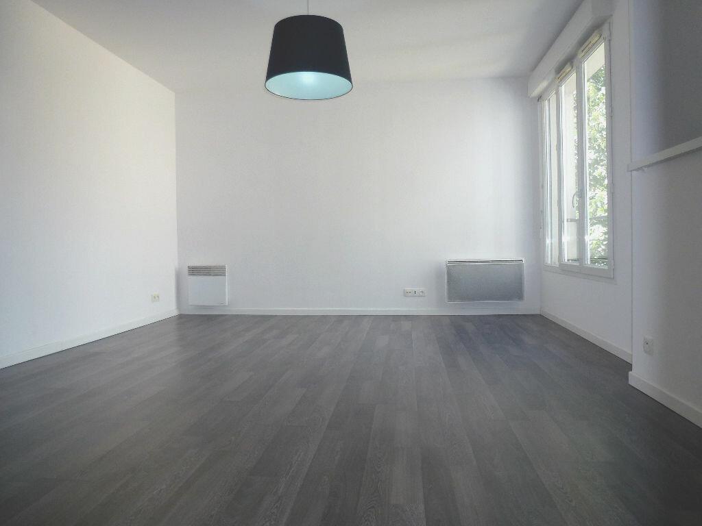 Achat Appartement 1 pièce à Argenteuil - vignette-1