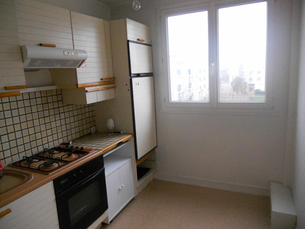 Location Appartement 3 pièces à Taverny - vignette-1