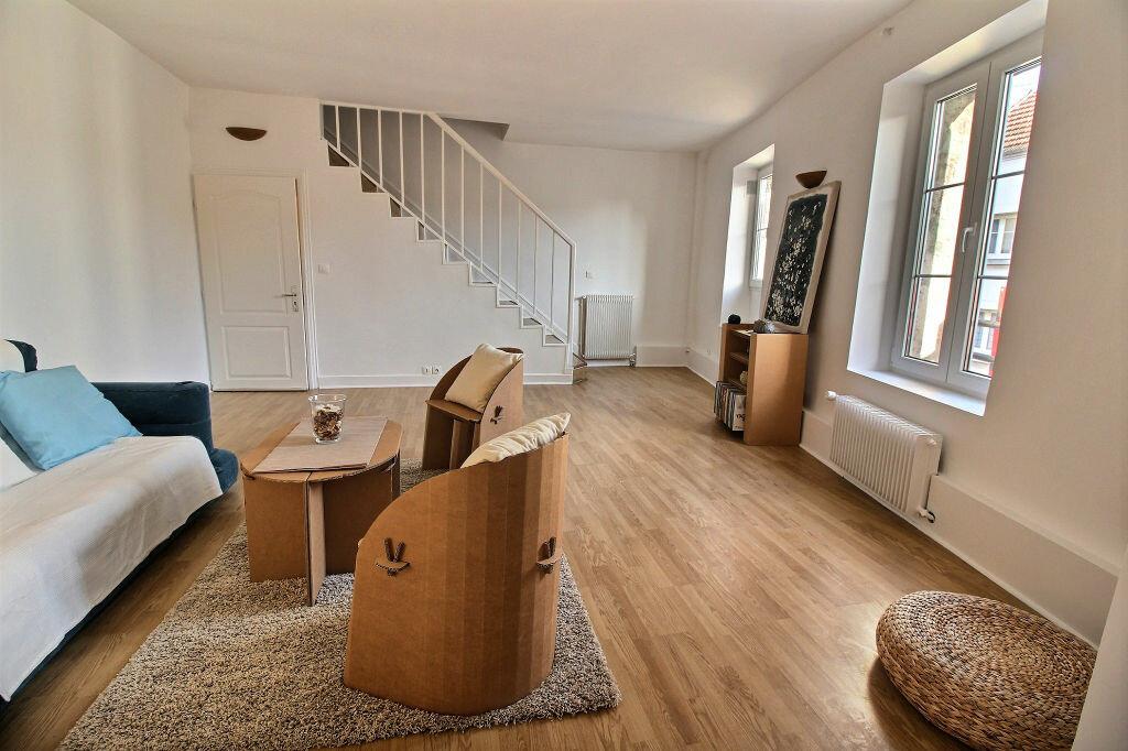 Achat Appartement 3 pièces à Carrières-sur-Seine - vignette-1