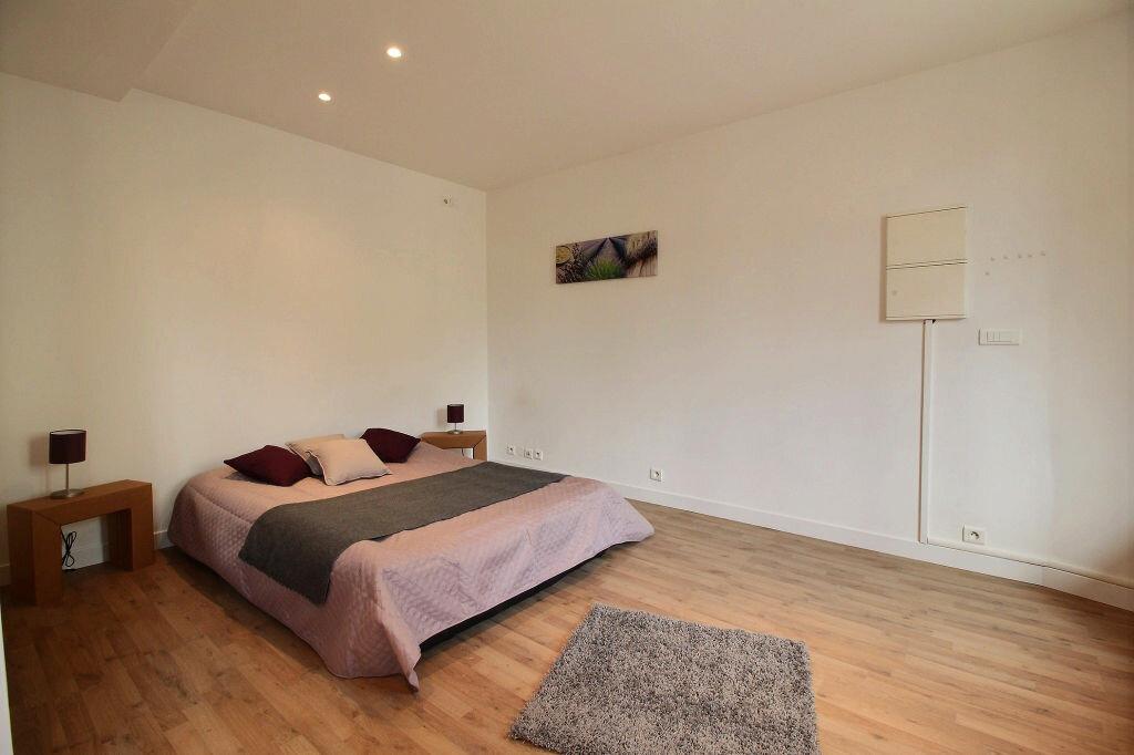 Achat Appartement 3 pièces à Carrières-sur-Seine - vignette-4
