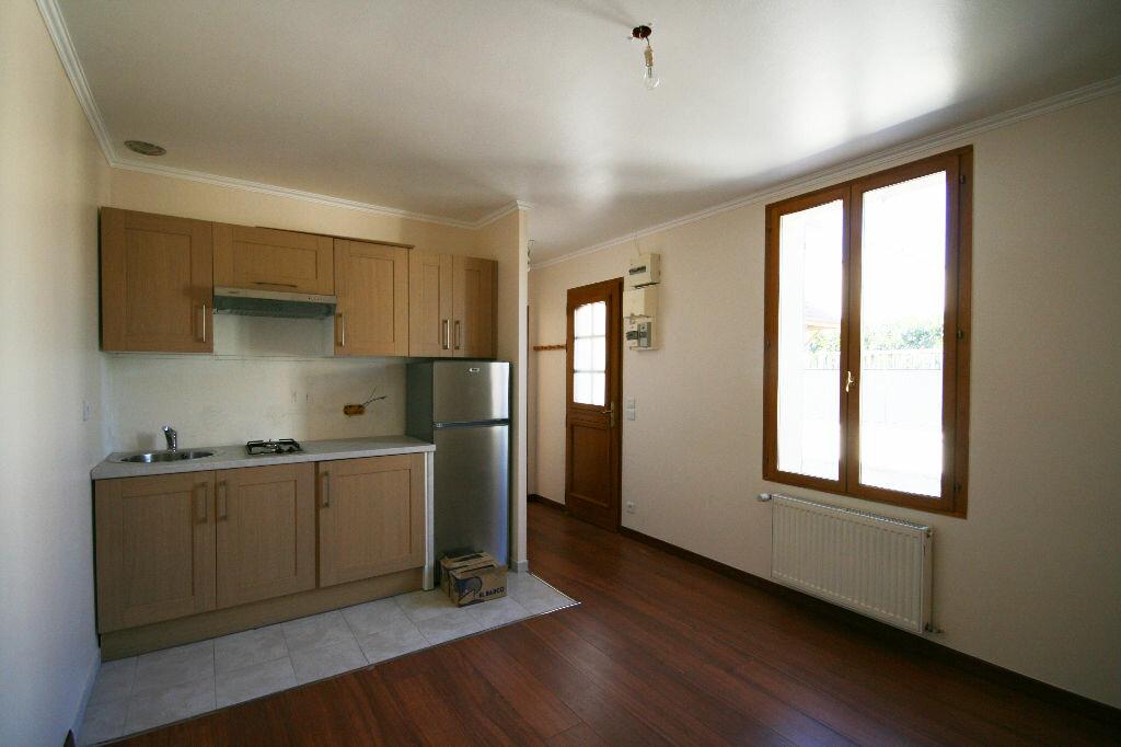 Location Appartement 2 pièces à Bezons - vignette-2