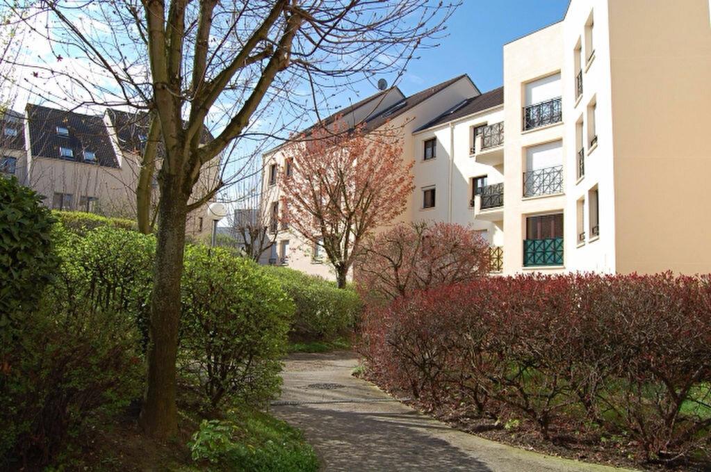 Achat Appartement 2 pièces à Ermont - vignette-1