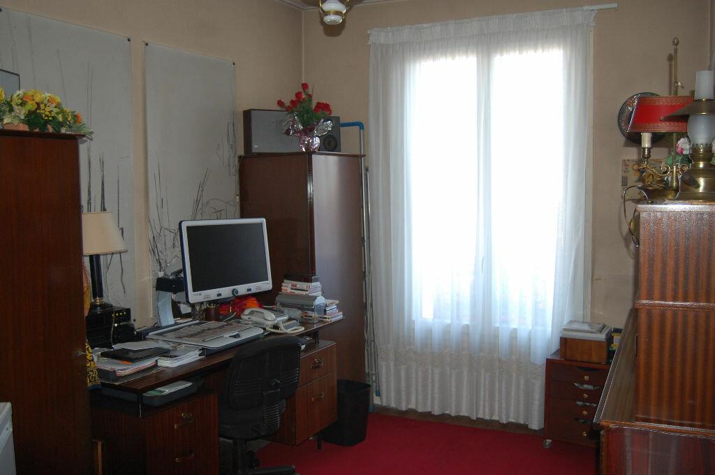 Achat Appartement 4 pièces à Ermont - vignette-4