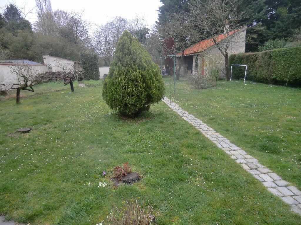 Achat Terrain  à Méry-sur-Oise - vignette-1