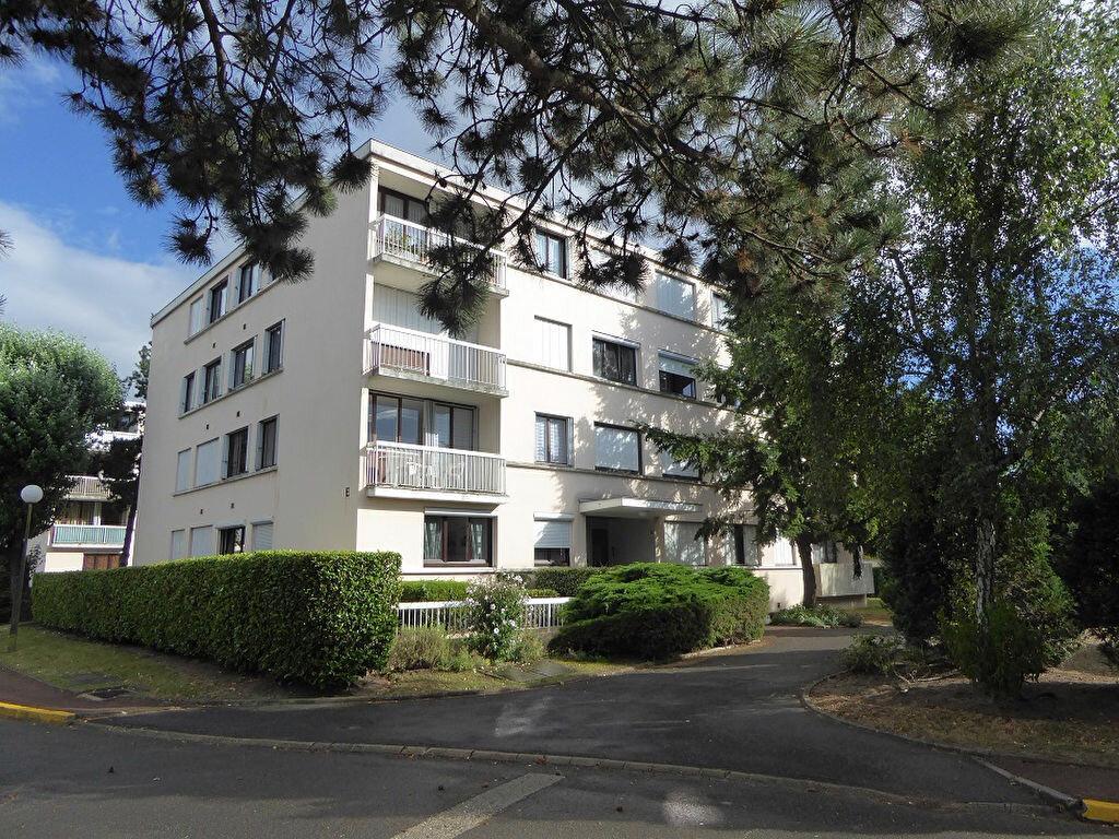 Achat Appartement 5 pièces à Franconville - vignette-1
