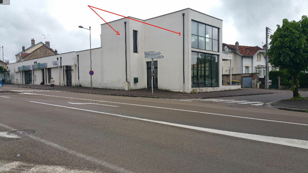 Achat Local commercial  à Chaumont - vignette-1