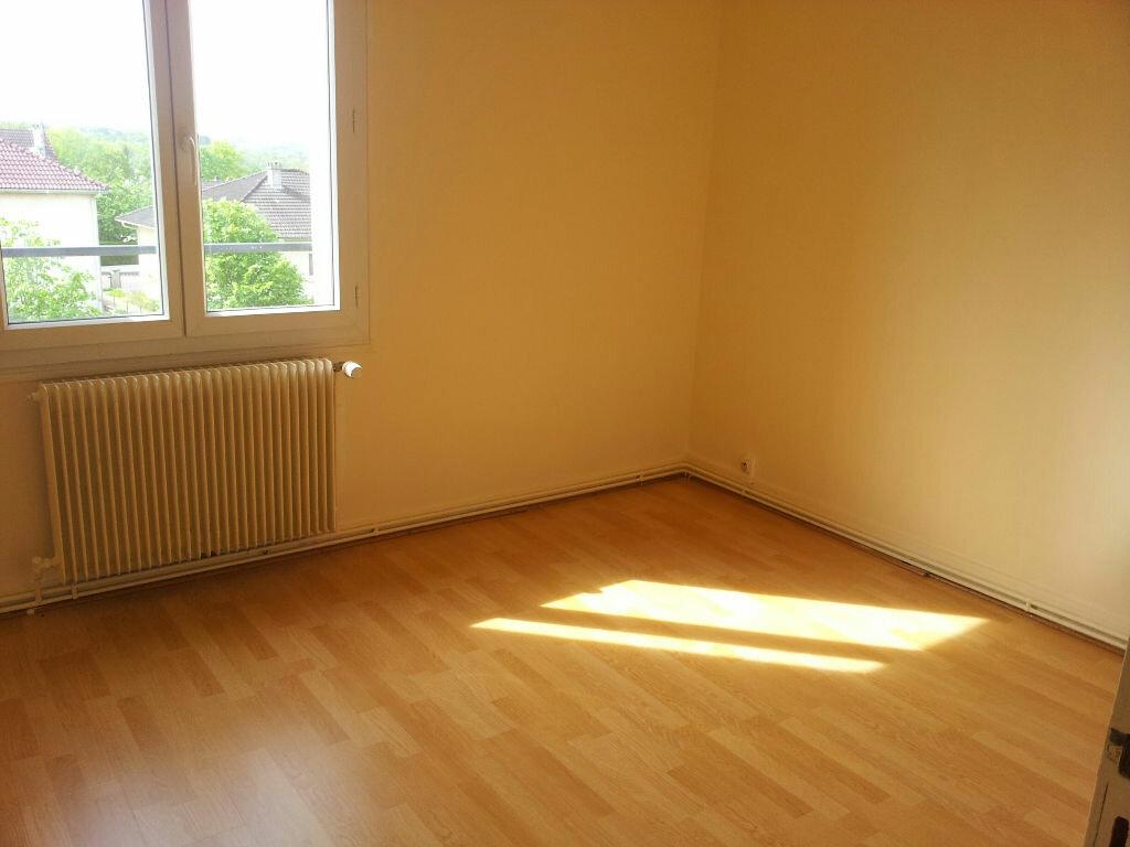 Achat Appartement 3 pièces à Chaumont - vignette-3
