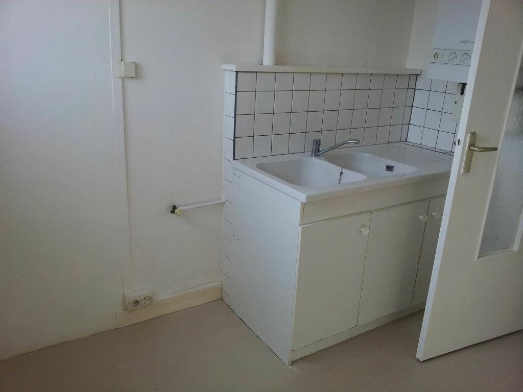 Achat Appartement 3 pièces à Chaumont - vignette-4