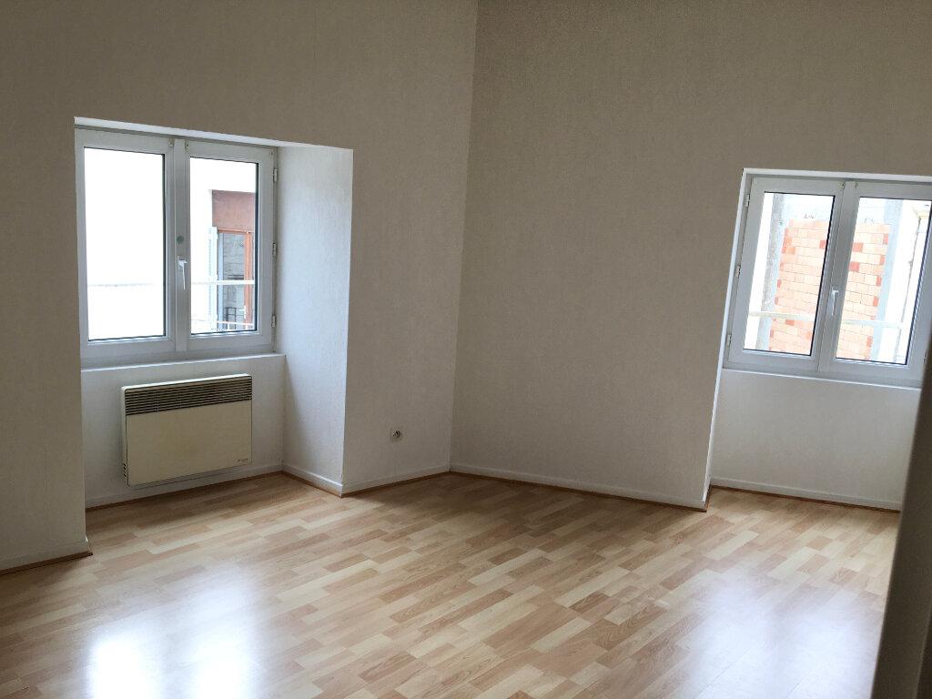 Location Appartement 2 pièces à Chaumont - vignette-3
