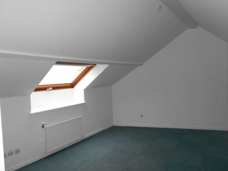Location Appartement 4 pièces à Chaumont - vignette-3