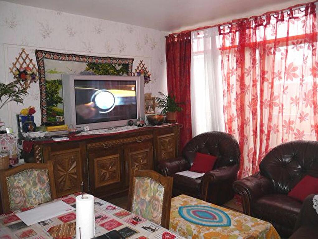 Achat Appartement 4 pièces à Savigny-sur-Orge - vignette-1