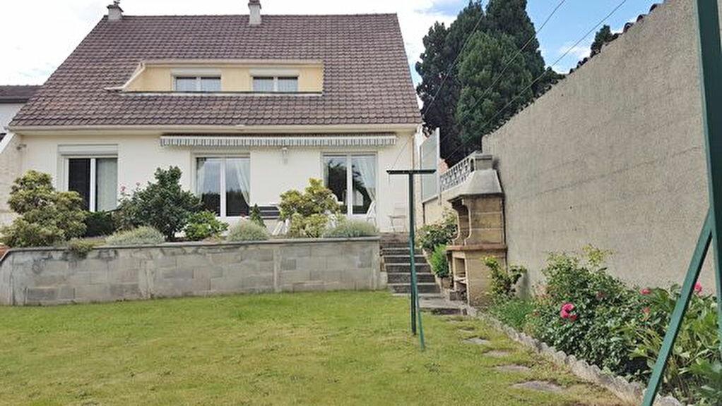 Achat Maison 6 pièces à Savigny-sur-Orge - vignette-1