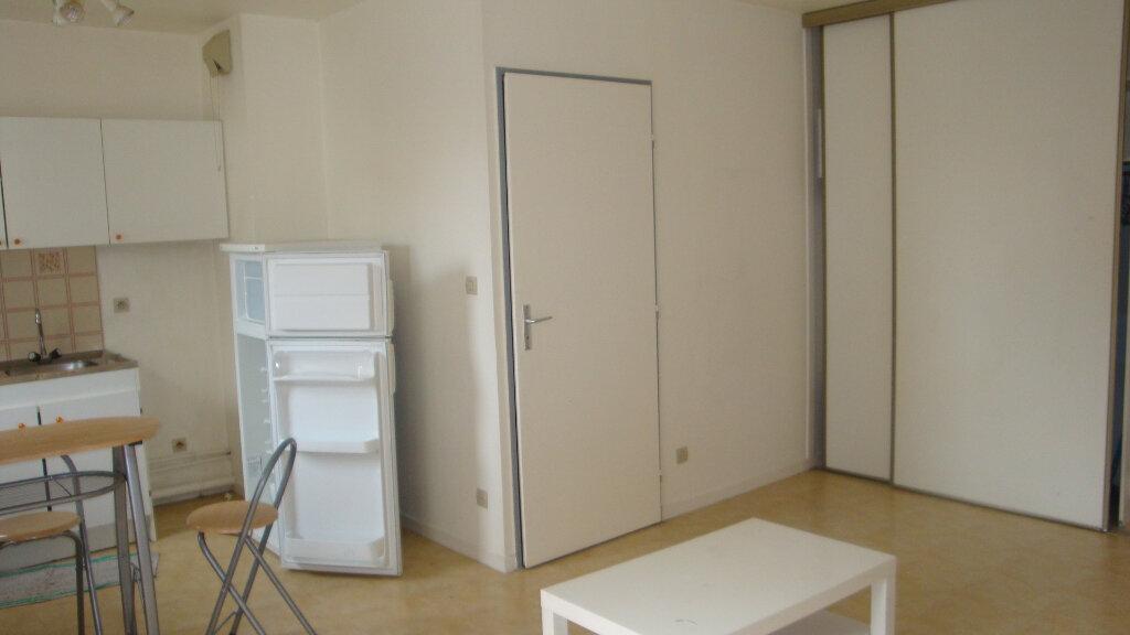 Achat Appartement 1 pièce à Longjumeau - vignette-3