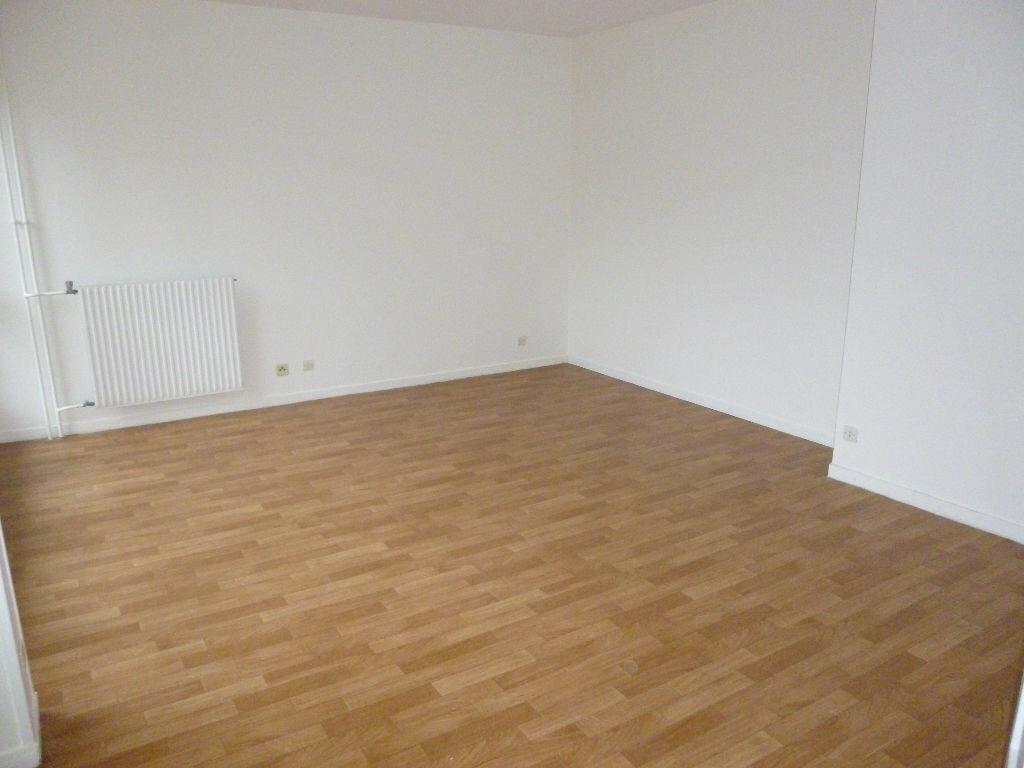 Achat Appartement 4 pièces à Massy - vignette-3