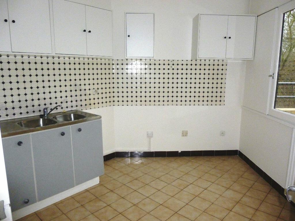 Achat Appartement 4 pièces à Massy - vignette-5