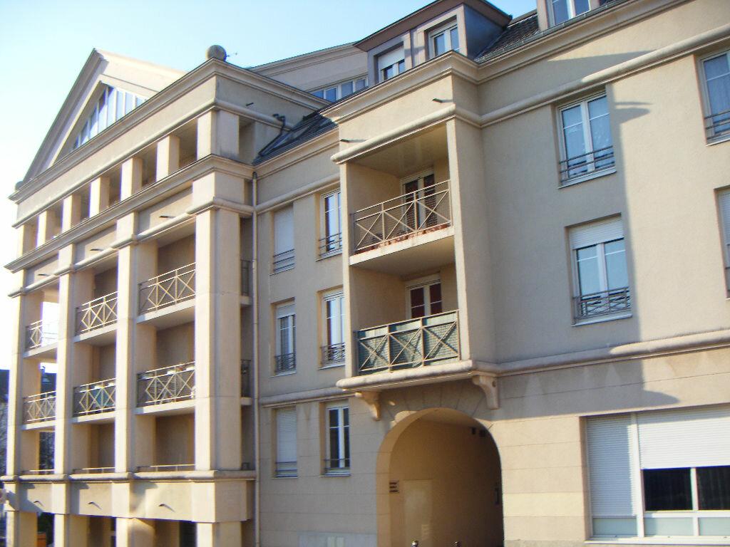 Achat Appartement 1 pièce à Massy - vignette-1