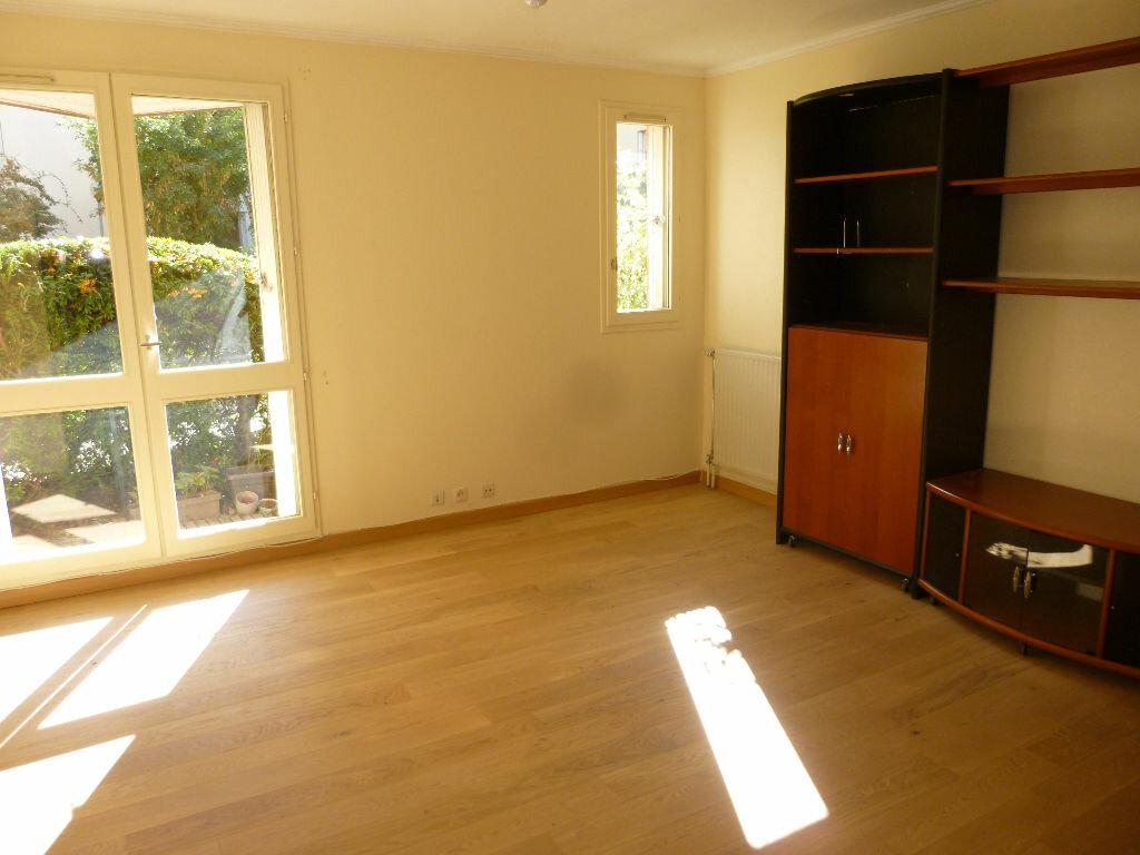 Achat Appartement 3 pièces à Massy - vignette-2