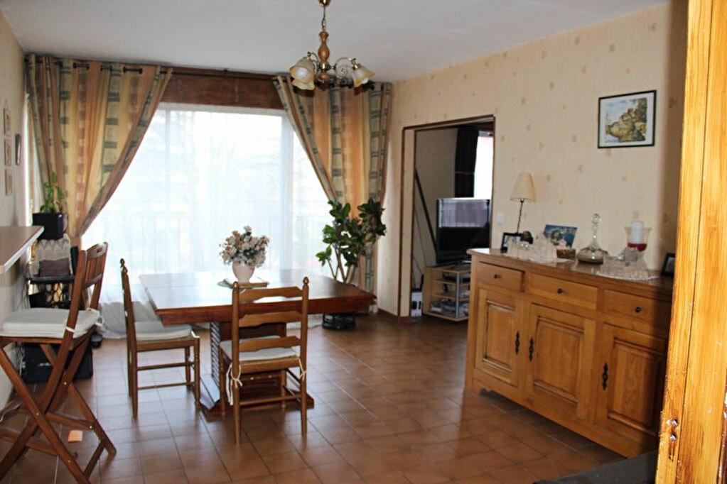 Achat Appartement 5 pièces à Brunoy - vignette-2
