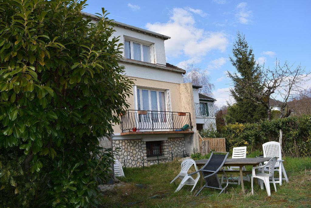 Achat Maison 7 pièces à Boussy-Saint-Antoine - vignette-1