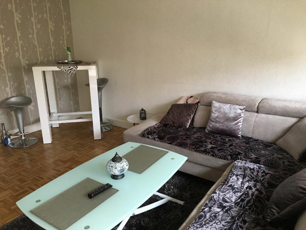 Achat Appartement 3 pièces à Villecresnes - vignette-1