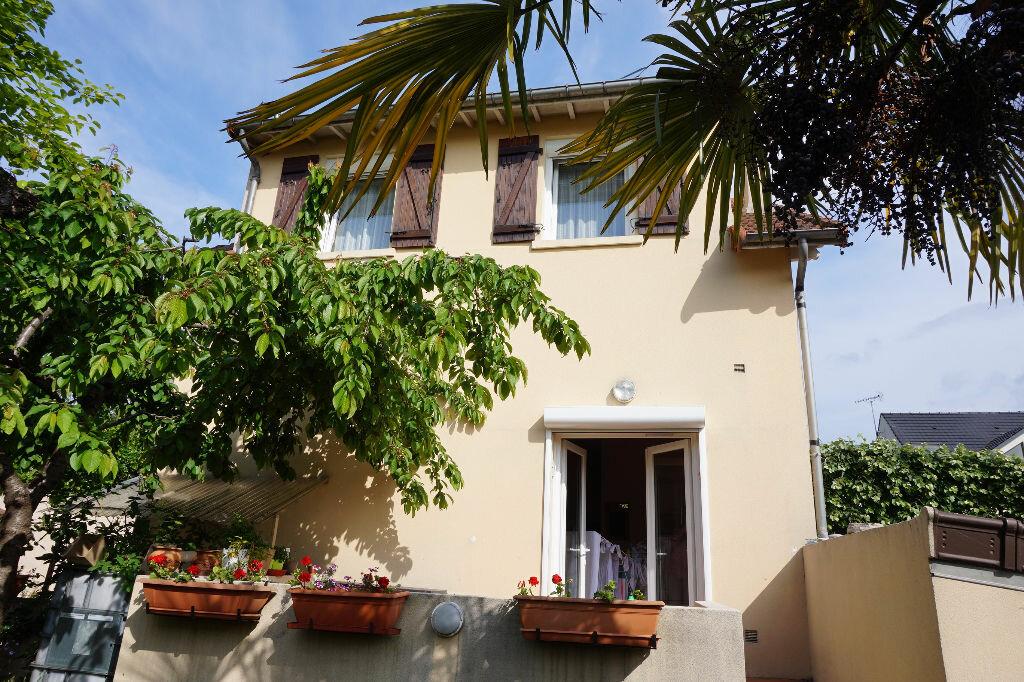 Achat Maison 6 pièces à Créteil - vignette-1