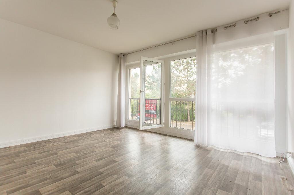 Achat Appartement 1 pièce à Villecresnes - vignette-2