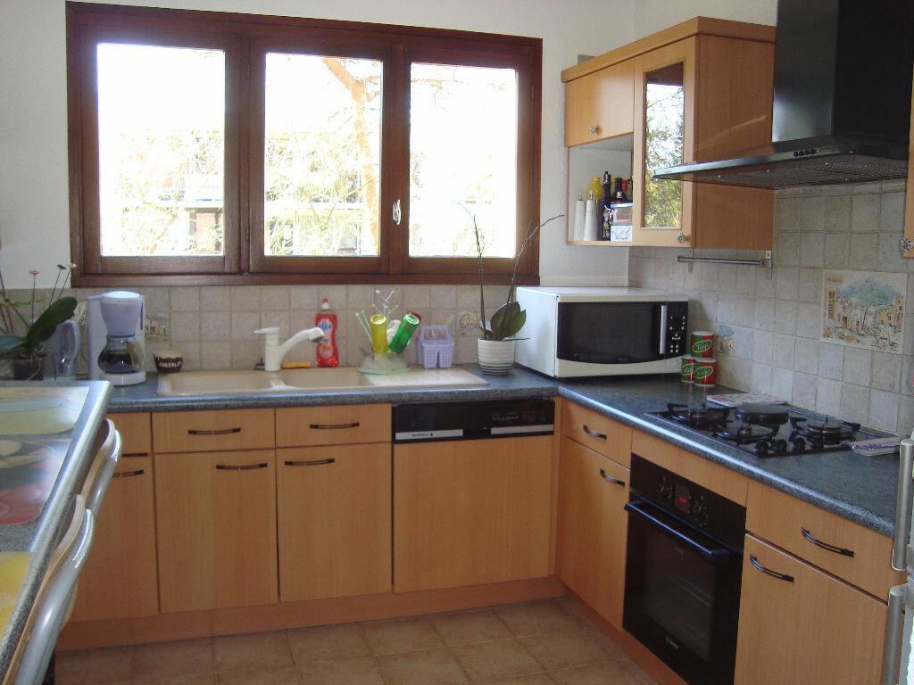 Achat Appartement 3 pièces à Villecresnes - vignette-3