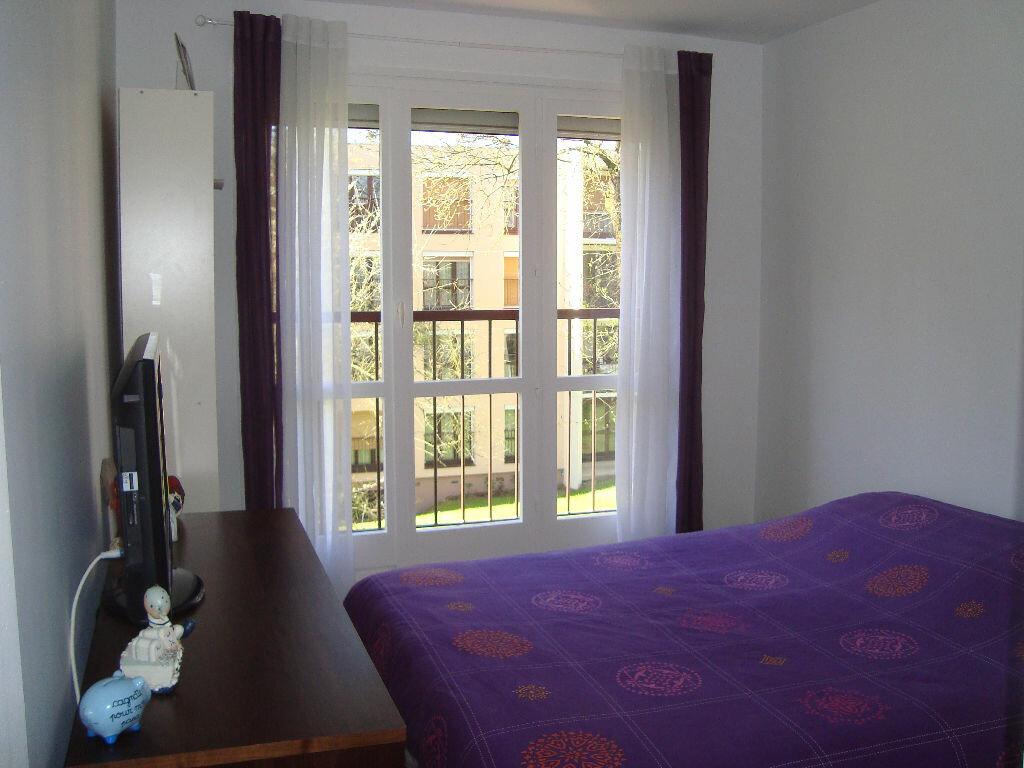 Achat Appartement 3 pièces à Villecresnes - vignette-4